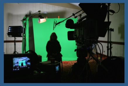 multimedia production team producing high quality video with green screen